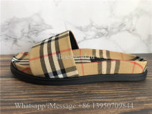 Burberry Vintage Ashmore Check Slide