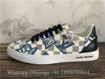 Louis Vuitton Low Top Sneaker Blue Logo