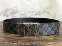 Original Louis Vuitton Belt 17