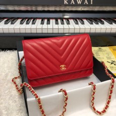 Chanelss Lambskin leather Woc Shoulder Bag 33814 Red & Gold