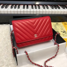 Chanelss Lambskin leather Woc Shoulder Bag 33814 Red & Silver