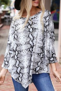 White Polyester O Neck Long Sleeve Print asymmetrical Patchwork serpentine  Tops & Tees KL11022