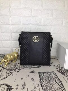 Gucci black new classic leather man shoulder bag messenger bag