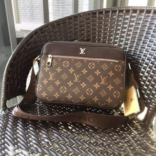 LV TOP Original Classic Leather Men Crossbody Bag