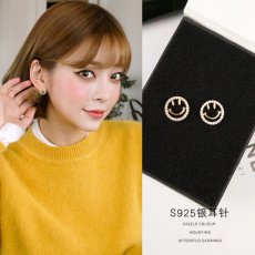 Smiling face S925 Earrings Simple design Piercing