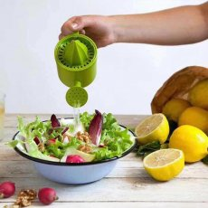 Manual lemon juicer mini creative watering can --As seen on TV