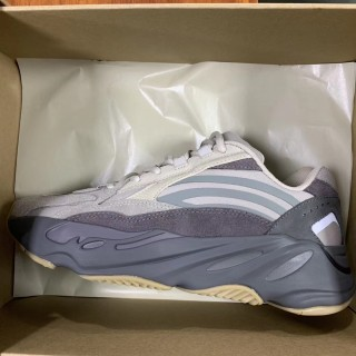 Adidas Yeezy Boost 700 V2 Tephra OG Original Version