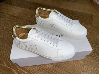 GIVENCHY SNEAKER