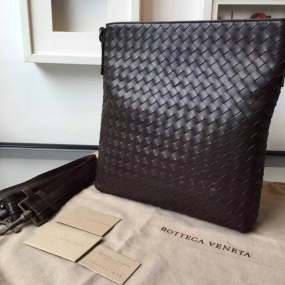 Bottega Veneta Trend Trends 741 Men\'s Woven Zip-Top Messenger Bag