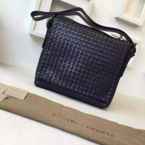 Bottega Veneta high quality 698 Intrecciato Leather Messenger Bag