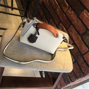 FENDI BAGthe most fashionable white tidal current city female bag real skin