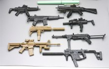 1:6 8pcs/set 4D 1/6 Gun MP7 UZI MP5 Dagger MP40 Submachine Gun Carbine Assault Rifle Assembly Model Toy For Action Figure