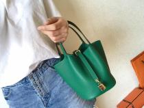 olive green Hermes picotin18/22 lock replica shoulder shopping bag handbag golden hardware in soft Togo leather pure hand-made wax-thread stiching
