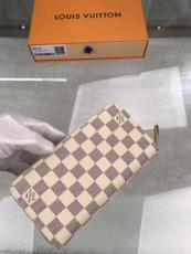 Louis Vuitton /LV damier canvas zipper long wallet clutch delicate present multi-slots compartment in internal design