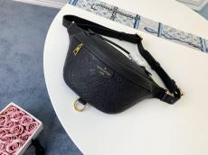 Louis Vuitton/LV BUMBAG embossed zipper waist bag tide casual chest bag with eye-catching leather sticker printed brand trademark