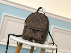 M41560 louis Vuitton/LV monogram canvas casual outdoor backpack elegant street ware