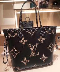 M44676 Louis Vuitton/LV monogram neverfull tote shopping bag large-capacity handbag equipped with a exquisite detachable clutch