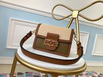 M55504 Louis Vuitton/LV mini dauphine retro clamshell messenger bag tide color-contrast crossbody shoulder bag with magnetic buckle