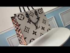 Louis Vuitton/LV monogram large-capacity casual shopping tote bag dazzling street outfits