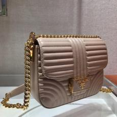 1BD217 Prada female casual quited flap retro messenger bag elegant sling-chain crossbody square bagantique bronze hardware