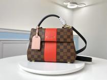 M41074 Louis Vuitton/LV damier canvas female color-block portage Cambridge bag convenient flap messenger bag with magnetic fastener