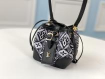 M69973 Louis Vuitton/LV female pretty printing drawstring mini bucket bag
