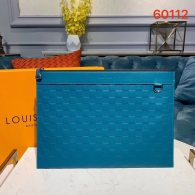 Louis Vuitton Damier Lnfini Leather Discovery Clutch Pochette Bag Blue N60112