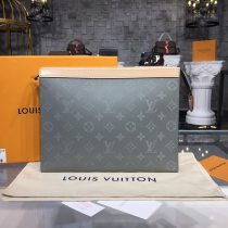 Louis Vuitton Monogram Canvas Pochette Voyage MM N60241