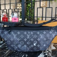 Louis Vuitton Monogram Eclipse Canvas Discovery Bumbag Waist Bag