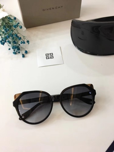 Sales online Copy GIVENCHY Sunglasses Online SGI003