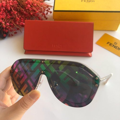 Replica FENDI Sunglasses FFM0039 Online SF119