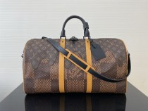 1:1 original leather Louis Vuitton tote bag travel bag M56715 00240 top quality