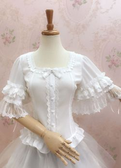 Yilia - Middle Length Flare Sleeve Chiffon Classical Vintage Lolita Blouse