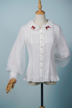 Fantastic Wind -Doll House- Vintage Classic Lolita Blouse