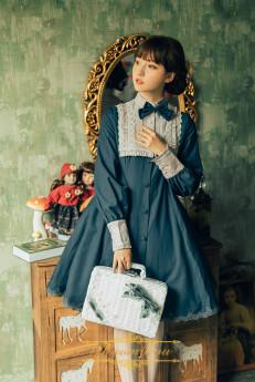 Ichigomikou -Shylock- Classic Vintage Lolita Long Jacket OP Dress