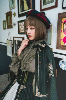 Surface Spell -Unfinished Book- Classic Vintage Embroidered Lolita Cape