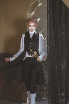 Immortal Thorn - Endless Promise- Ouji Sleeveless Lolita Long Vest Jacket