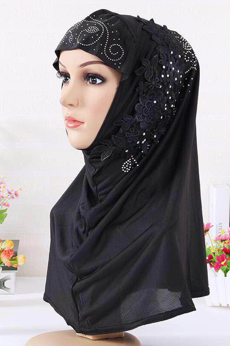 39b36f2c72 Max Chico_Chic Islamic Clothing for Muslim Women