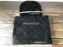 Louis Vuitton Scarf & Hat Black