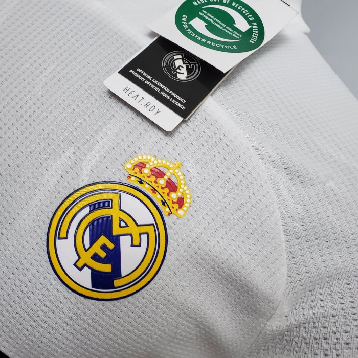 Real Madrid Home Player Jersey 20/21