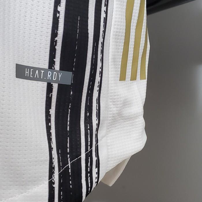 Juventus Home Player Jersey 20/21