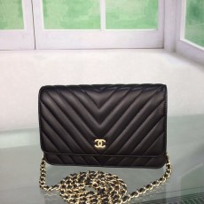 Chanelss Lambskin leather Woc Shoulder Bag 33814 Black & Gold