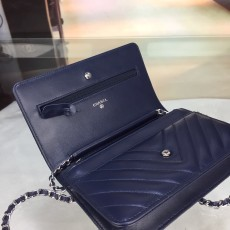 Chanelss Lambskin leather Woc Shoulder Bag 33814 Navy Blue & Silver