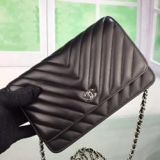 Chanelss Lambskin leather Woc Shoulder Bag 33814 Black & Silver
