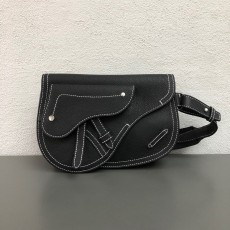 2019 New Saddle Messenger Bag In Black Calfskin