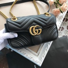 Gucciss GG Small Marmont Leather Shoulder Bag 446744 Black