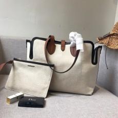 Burberryss Calfskin Canvas Tote Shopping Bag002