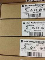 New sealed Allen-Bradley 1783-US5T Stratix 2000 Unmanaged EtherNet Switch