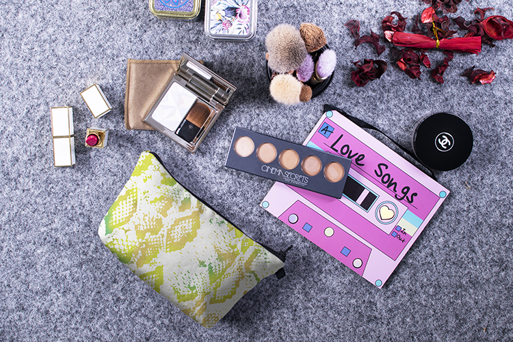 snake print cosmetic bag, travel cosmetic bag, cheap cosmetic bag
