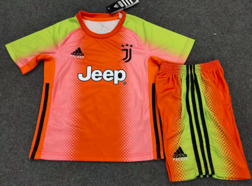 Juventus 19/20 Kids Special edition goalkeeper Soccer Jersey and Short Kit